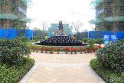 奥青城外景图