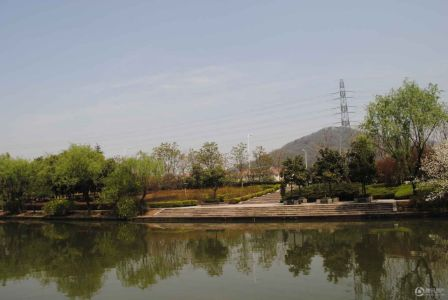 滨江稽山翡翠园